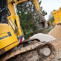 5 Ways the Construction Industry Can Cut Costs with Telematics